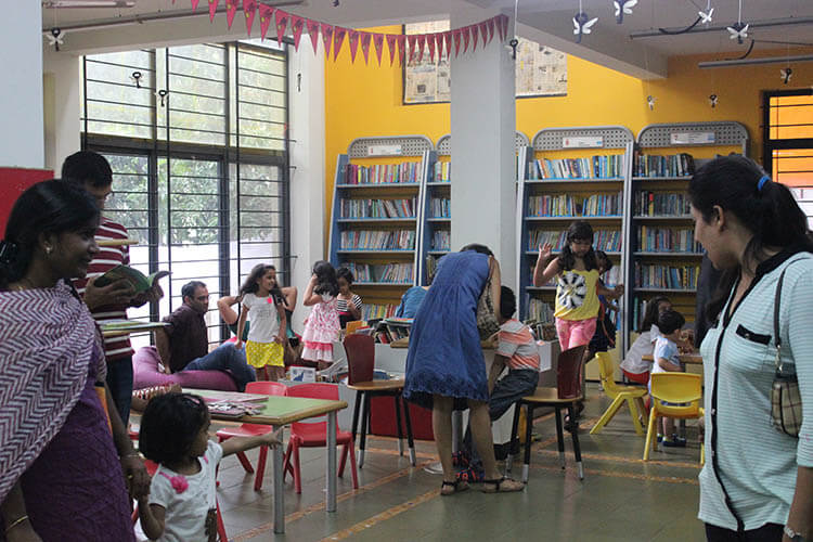 1438970903-809_libraries-hippocampusbangalore1
